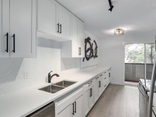 """Photo 9: 201 725 COMMERCIAL Drive in Vancouver: Hastings Condo for sale in """"PLACE DE VITO"""" (Vancouver East)  : MLS®# R2332392"""