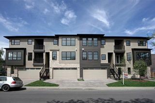 Photo 2: 3668 19 Avenue SW in Calgary: Killarney/Glengarry Row/Townhouse for sale : MLS®# C4238635