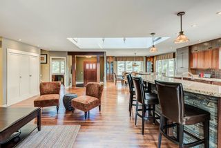 Photo 5: 2008 Ungava Road NW in Calgary: University Heights Detached for sale : MLS®# A1090995