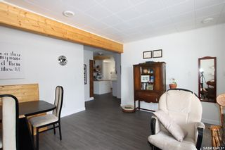 Photo 4: 431 X Avenue South in Saskatoon: Meadowgreen Residential for sale : MLS®# SK851907