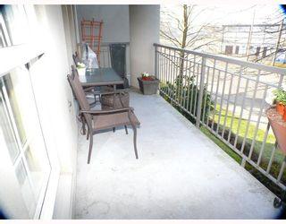 Photo 7: 204 1669 GRANT Avenue in Port_Coquitlam: Glenwood PQ Condo for sale (Port Coquitlam)  : MLS®# V690384
