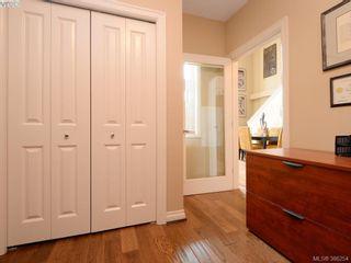 Photo 11: 102 820 Short St in VICTORIA: SE Quadra Row/Townhouse for sale (Saanich East)  : MLS®# 776199