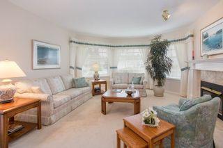 "Photo 4: 12951 19A Avenue in Surrey: Crescent Bch Ocean Pk. House for sale in ""Ocean Park"" (South Surrey White Rock)  : MLS®# R2244975"