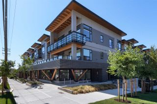 Photo 1: 207 715 W 15TH Street in North Vancouver: Mosquito Creek Condo for sale : MLS®# R2487554