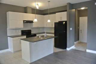 Photo 5: 13113 132 Avenue NW in Edmonton: Zone 01 Townhouse for sale : MLS®# E4198626