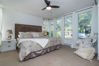 "Photo 13: 1141 ELM Street: White Rock Townhouse for sale in ""Marine Court"" (South Surrey White Rock)  : MLS®# R2383554"
