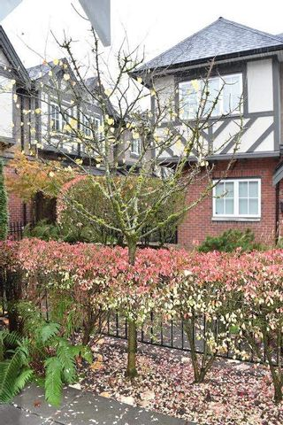 "Photo 10: 6189 OAK Street in Vancouver: South Granville Townhouse for sale in ""Carrington"" (Vancouver West)  : MLS®# R2119023"