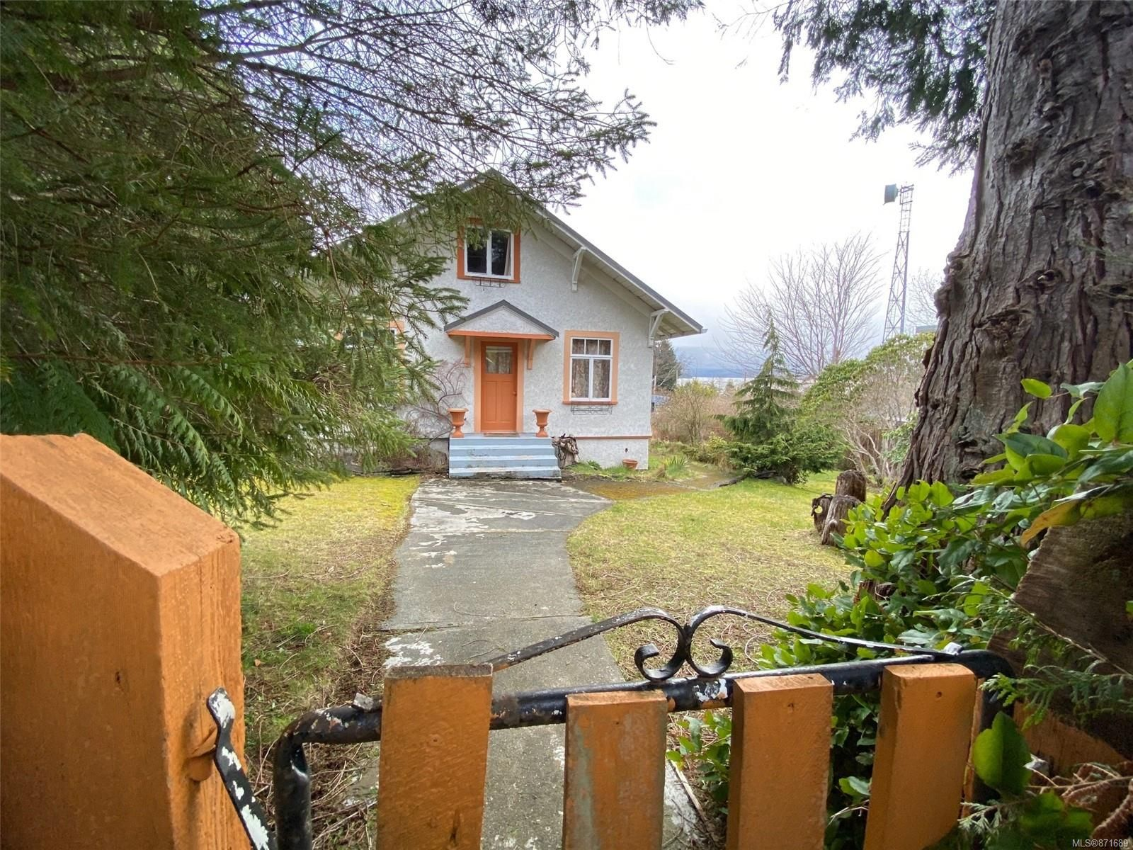 Main Photo: 260 3rd St in : Isl Sointula House for sale (Islands)  : MLS®# 871689