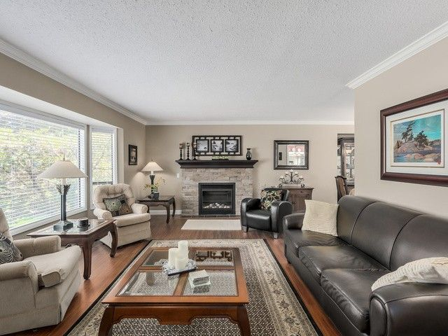 Photo 5: Photos: 19968 39A Avenue in Langley: Brookswood Langley House for sale : MLS®# F1440613