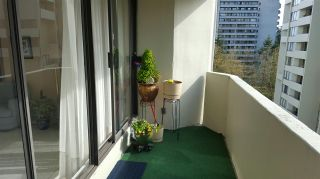 "Photo 7: 906 4300 MAYBERRY Street in Burnaby: Metrotown Condo for sale in ""Times Square"" (Burnaby South)  : MLS®# R2164756"