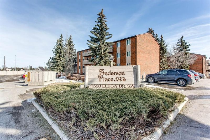 FEATURED LISTING: 932 - 11620 Elbow Drive Southwest Calgary