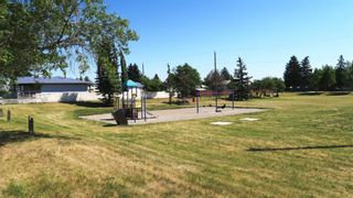 Photo 2: 2613 &    2615 39 Street SE in Calgary: Forest Lawn Duplex for sale : MLS®# A1125918