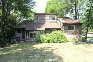 Photo 2: 14 Rockside Lane in Kawartha Lakes: Rural Carden House (1 1/2 Storey) for sale : MLS®# X4815972