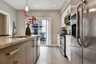 Photo 6: 109 2821 Jacklin Rd in Langford: La Langford Proper Row/Townhouse for sale : MLS®# 845096