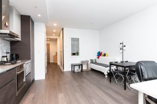 Photo 3: 2109 6098 STATION Street in Burnaby: Metrotown Condo for sale (Burnaby South)  : MLS®# R2403328