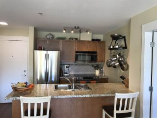 "Photo 4: 416 1211 VILLAGE GREEN Way in Squamish: Downtown SQ Condo for sale in ""Rockcliff"" : MLS®# R2359157"