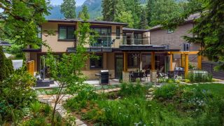 Photo 36: 939 CLEMENTS AVENUE in North Vancouver: Canyon Heights NV House for sale : MLS®# R2619400