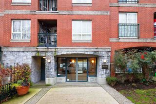 "Photo 23: 313 1989 DUNBAR Street in Vancouver: Kitsilano Condo for sale in ""THE SONESTA"" (Vancouver West)  : MLS®# R2526928"
