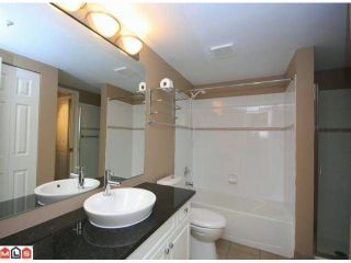 Photo 7: 305 6390 196TH Street in Langley: Willoughby Heights Condo for sale : MLS®# F1203330