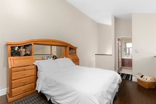 """Photo 21: 3301 33 CHESTERFIELD Place in North Vancouver: Lower Lonsdale Condo for sale in """"HARBOURVIEW PARK"""" : MLS®# R2564646"""