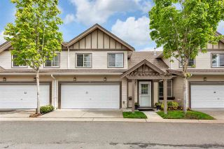 Photo 1: 31 15868 85 Avenue in Surrey: Fleetwood Tynehead Townhouse for sale : MLS®# R2576252