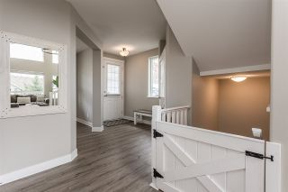 """Photo 31: 2290 CHARDONNAY Lane in Abbotsford: Aberdeen House for sale in """"Pepin Brook"""" : MLS®# R2555950"""