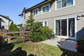 """Photo 15: 122 2450 161A Street in Surrey: Grandview Surrey Townhouse for sale in """"GLENMORE"""" (South Surrey White Rock)  : MLS®# R2109724"""