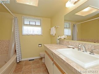Photo 15: 6711 Welch Rd in SAANICHTON: CS Martindale House for sale (Central Saanich)  : MLS®# 754406