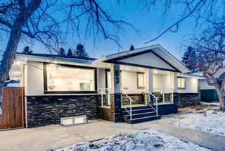 Main Photo: 63 Gainsborough Drive SW in Calgary: Glamorgan Detached for sale : MLS®# A1066409