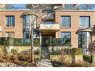 """Photo 10: 214 170 W 1ST Street in North Vancouver: Lower Lonsdale Townhouse for sale in """"ONE PARK LANE"""" : MLS®# V1109526"""