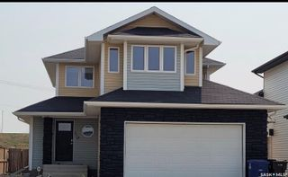 Photo 1: 715 Padget Crescent in Saskatoon: Willowgrove Residential for sale : MLS®# SK858590