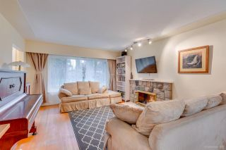"""Photo 5: 1381 CHINE Crescent in Coquitlam: Harbour Chines House for sale in """"Harbour Chines"""" : MLS®# R2262482"""