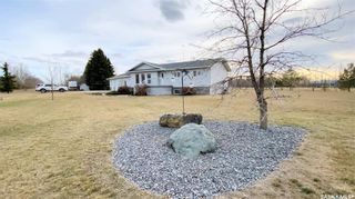 Photo 2: 800 McKenzie Street North in Outlook: Residential for sale : MLS®# SK849917