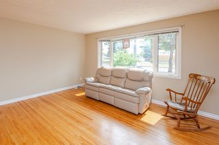 Photo 3: 9212 135 Avenue in Edmonton: Zone 02 House for sale : MLS®# E4256829