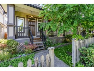 "Photo 2: 6945 196 Street in Surrey: Clayton House for sale in ""CLAYTON HEIGHTS"" (Cloverdale)  : MLS®# R2469984"