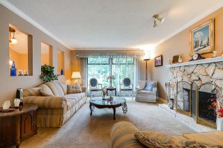 Photo 6: 6377 SUNDANCE Drive in Surrey: Cloverdale BC House for sale (Cloverdale)  : MLS®# R2593905