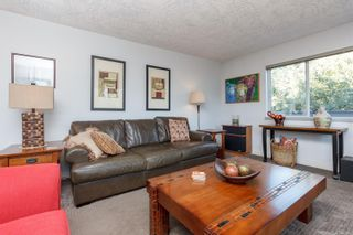 Photo 3: 1330 Roy Rd in : SW Interurban House for sale (Saanich West)  : MLS®# 879941
