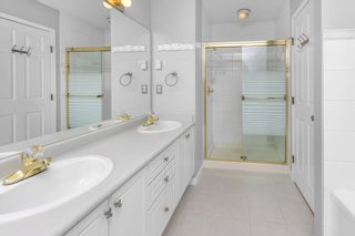 """Photo 17: 310 20120 56 Avenue in Langley: Langley City Condo for sale in """"Blackberry Lane"""" : MLS®# R2564037"""