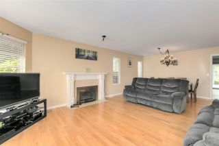 """Photo 3: 13527 14 Avenue in Surrey: Crescent Bch Ocean Pk. House for sale in """"Marine Terrace"""" (South Surrey White Rock)  : MLS®# R2552235"""