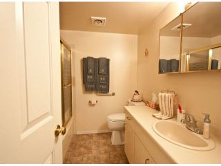 """Photo 6: 11 2456 WARE Street in Abbotsford: Central Abbotsford Townhouse for sale in """"Summerset Place"""" : MLS®# F1427121"""