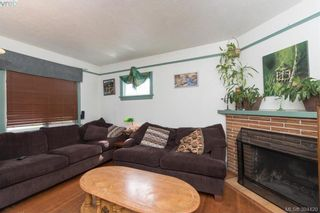 Photo 3: 319 Walter Ave in VICTORIA: SW Gorge House for sale (Saanich West)  : MLS®# 790759