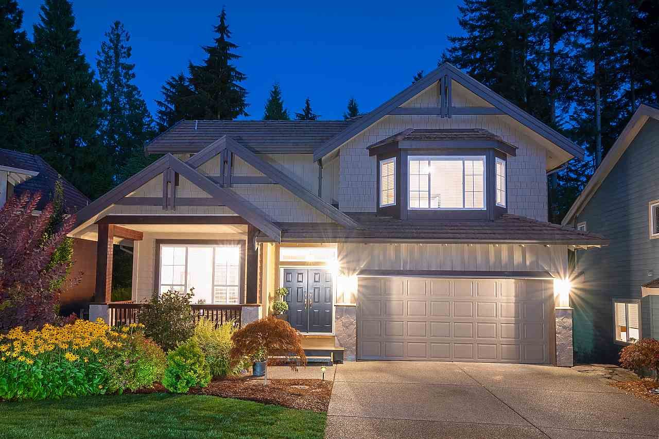 Main Photo: 62 ASHWOOD Drive in Port Moody: Heritage Woods PM House for sale : MLS®# R2542304