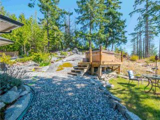 """Photo 29: 5557 PEREGRINE Crescent in Sechelt: Sechelt District House for sale in """"SilverStone Heights"""" (Sunshine Coast)  : MLS®# R2492023"""