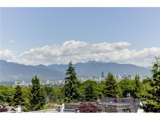 """Photo 5: 3739 W 24TH Avenue in Vancouver: Dunbar House for sale in """"DUNBAR"""" (Vancouver West)  : MLS®# V1069303"""