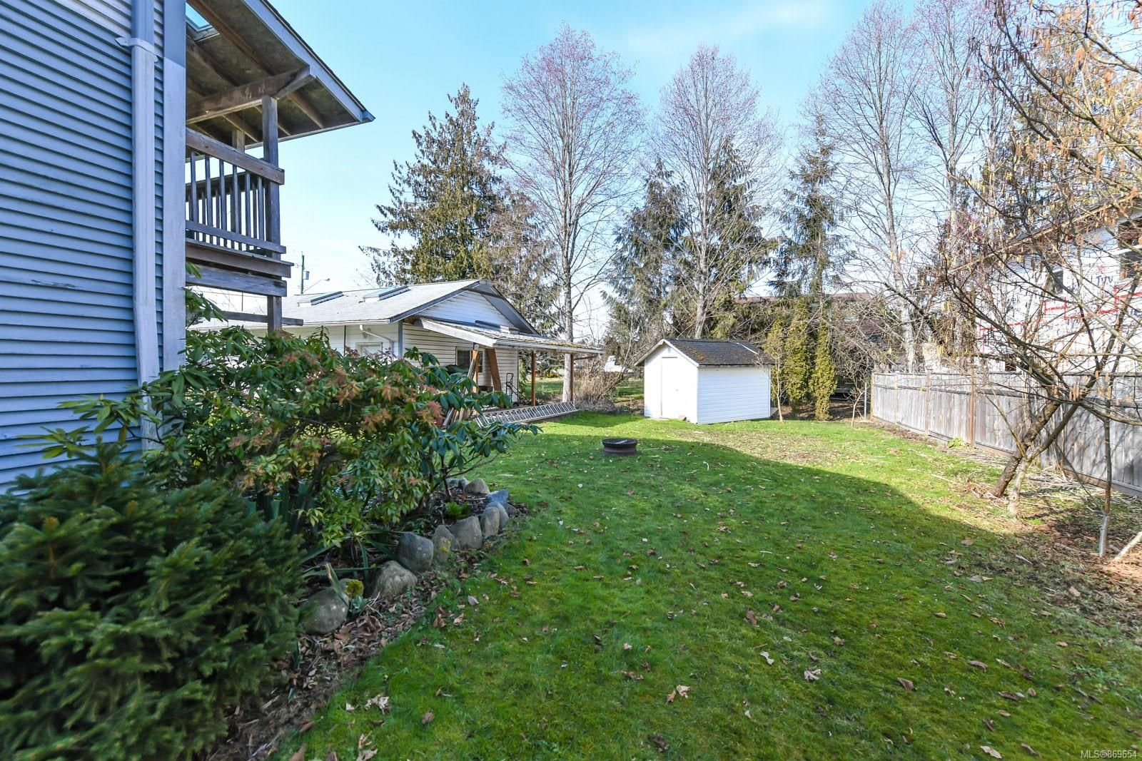 Photo 33: Photos: 4712 Cumberland Rd in : CV Cumberland House for sale (Comox Valley)  : MLS®# 869654