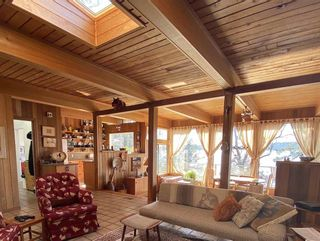 Photo 11: 355 TRINCOMALI Drive: Galiano Island House for sale (Islands-Van. & Gulf)  : MLS®# R2559208