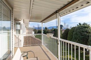 """Photo 19: 82 1973 WINFIELD Drive in Abbotsford: Abbotsford East Townhouse for sale in """"BELMONT RIDGE"""" : MLS®# R2446573"""