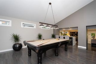 Photo 5: 30 Kinsbourne Green in Winnipeg: House for sale : MLS®# 202116378