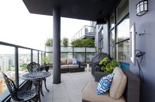"""Photo 22: 3201 1199 SEYMOUR Street in Vancouver: Downtown VW Condo for sale in """"BRAVA"""" (Vancouver West)  : MLS®# R2462993"""