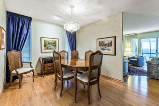 Photo 8: 20 140 STRATHAVEN Circle SW in Calgary: Strathcona Park Semi Detached for sale : MLS®# C4306034